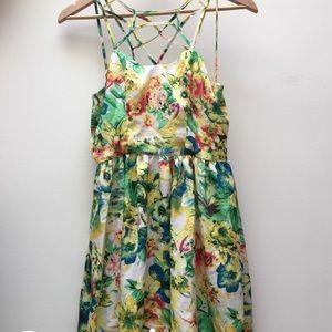 Forever 21 floral cross cross tropical dress